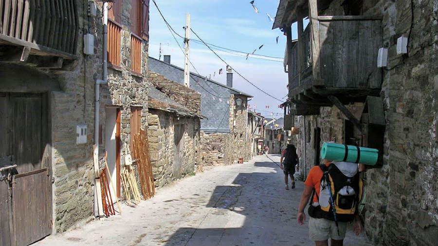 El Acebo de San MIguel, León - Camino Francés (Etapa de Rabanal del Camino a Ponferrada) :: Guía del Camino de Santiago