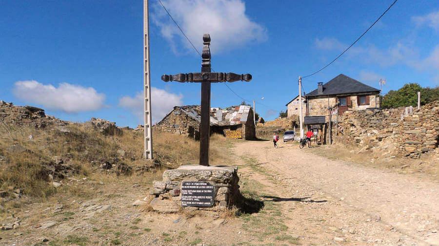 Foncebadón, León - Camino Francés (Etapa de Rabanal del Camino a Ponferrada) :: Guía del Camino de Santiago
