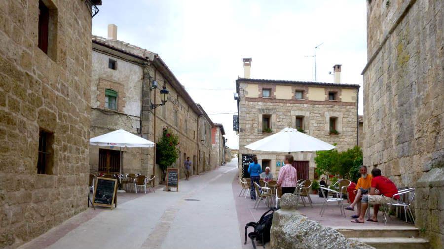 Hontanas, Burgos - Camino Francés (Etapa de Hornillos del Camino a Castrojeriz) :: Guía del Camino de Santiago