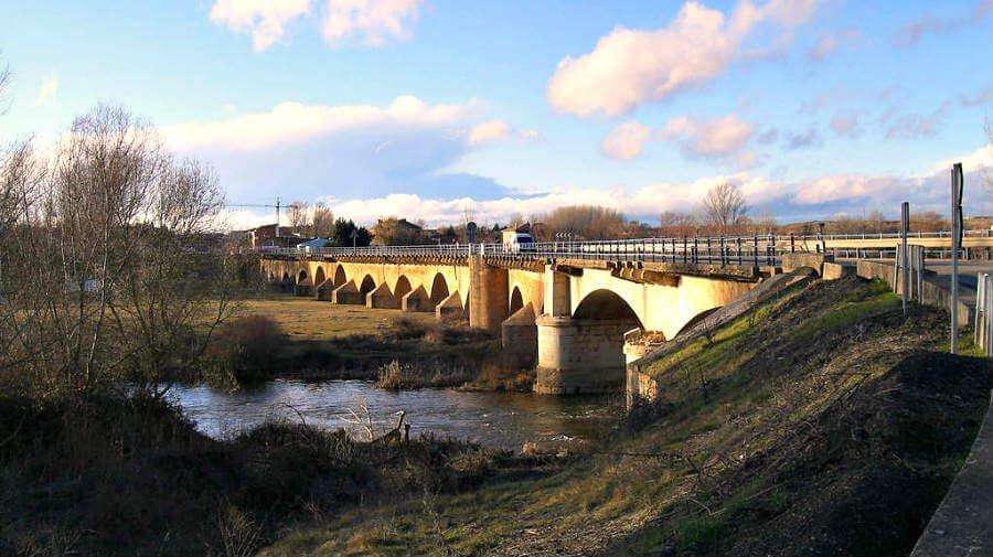 Puente Villarente, León - Camino Francés (Etapa de Mansilla de las Mulas a León) :: Guía del Camino de Santiago