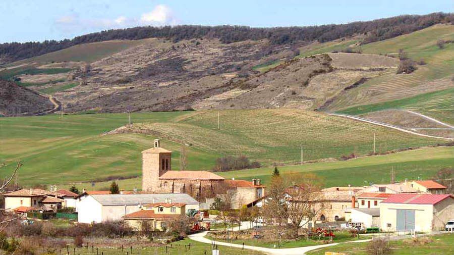 Vista de Salinas de Ibargoiti, Navarra - Camino Aragonés :: Guía del Camino de Santiago