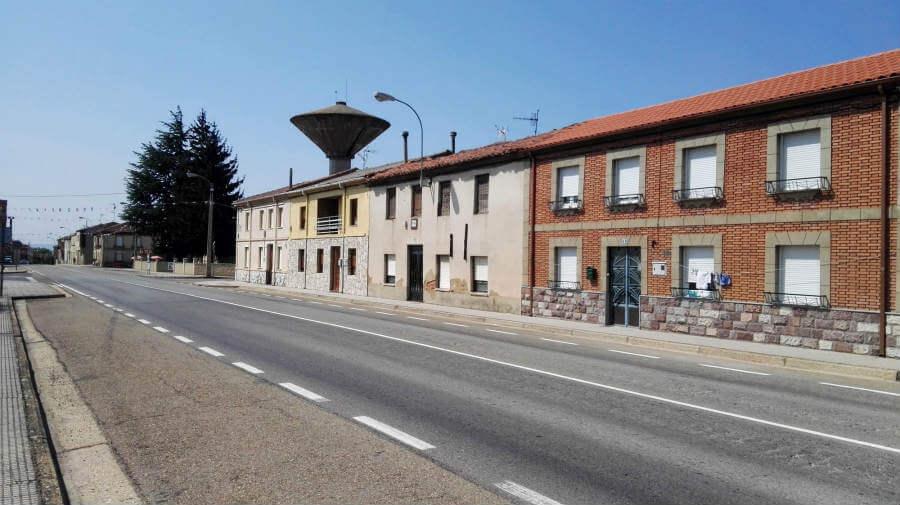 San Martín del Camino, León - Camino Francés (Etapa de Villadangos del Páramo a Astorga) :: Albergues del Camino de Santiago
