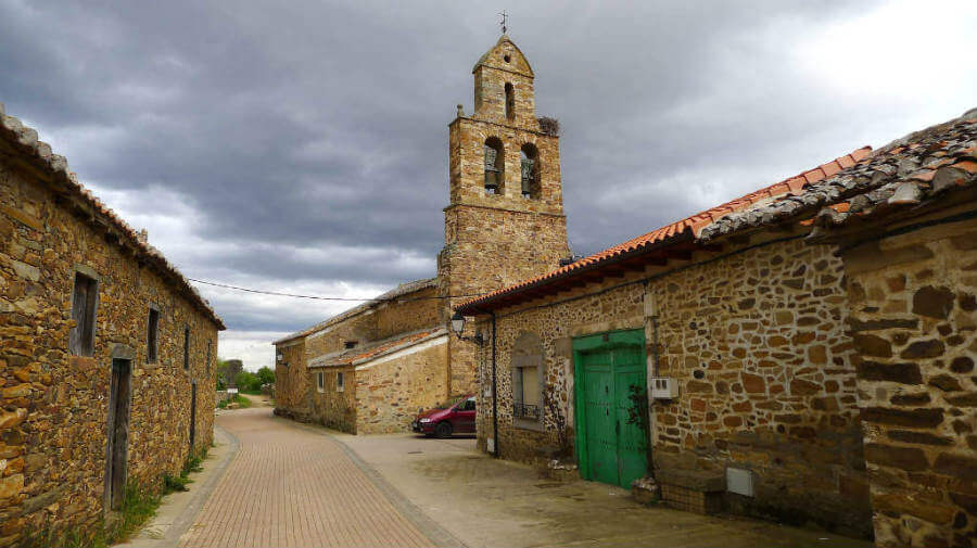 Santa Catalina de Somoza, León - Camino Francés (Etapa de Astorga a Rabanal del Camino) :: Albergues del Camino de Santiago