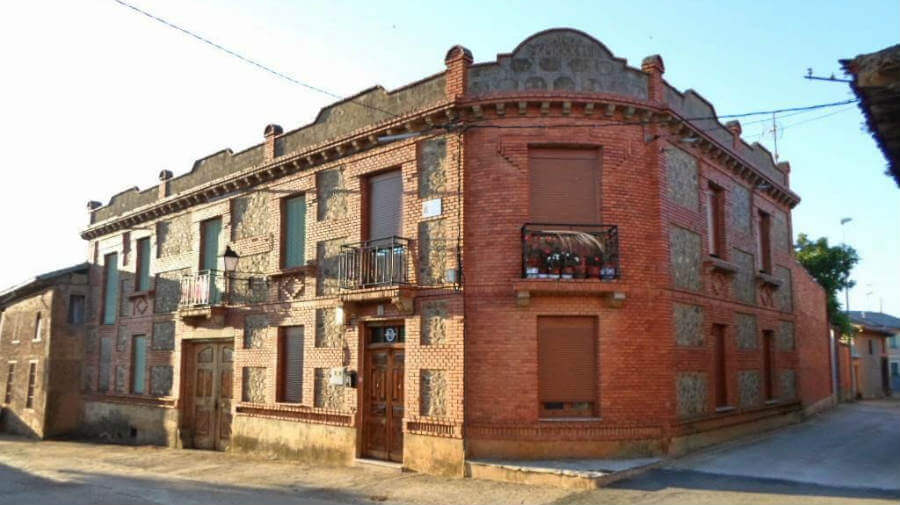 Santibáñez de Valdeiglesias, León - Camino Francés (Etapa de Villadangos del Páramo a Astorga) :: Guía del Camino de Santiago