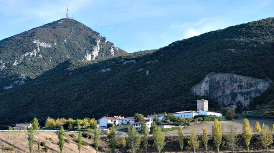 Vista de Yárnoz, Navarra - Camino Aragonés :: Guía del Camino de Santiago