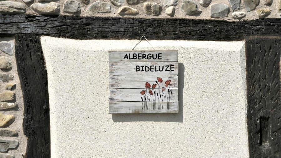 Albergue Bideluze, Castildelgado, Burgos - Camino Francés :: Albergues del Camino de Santiago
