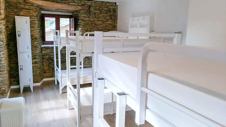 Albergue Castelos, Lourenzá, Lugo - Camino del Norte :: Albergues del Camino de Santiago