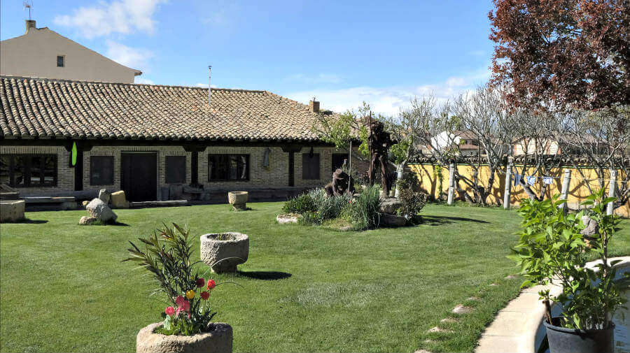 Albergue En el Camino, Boadilla del Camino, Palencia - Camino Francés :: Albergues del Camino de Santiago