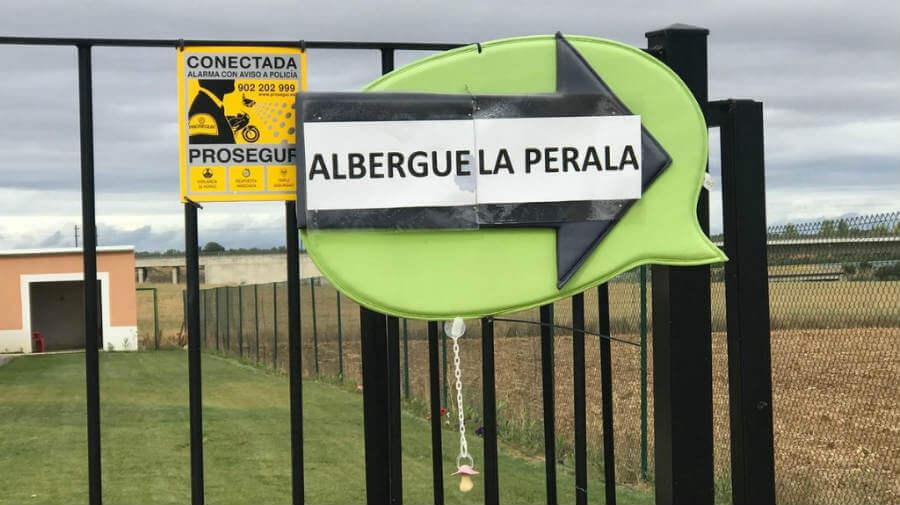 Albergue La Perala, Bercianos del Real Camino, León - Camino Francés :: Albergues del Camino de Santiago