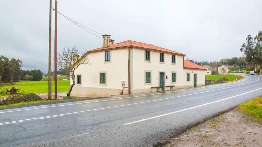 Albergue Pensión Alborada, Salceda, La Coruña - Camino Francés :: Albergues del Camino de Santiago