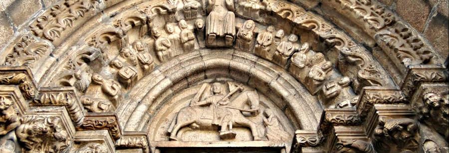 Tímpano de la iglesia de Santiago, Betanzos - Camino Inglés :: Guía del Camino de Santiago