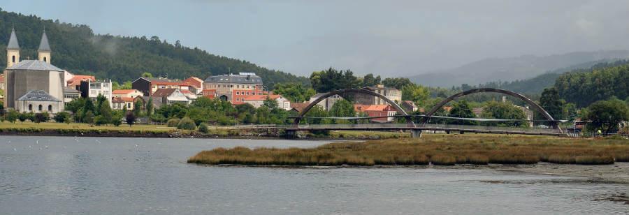 Vista de Neda y el río Xuvia - Camino Inglés :: Guía del Camino de Santiago