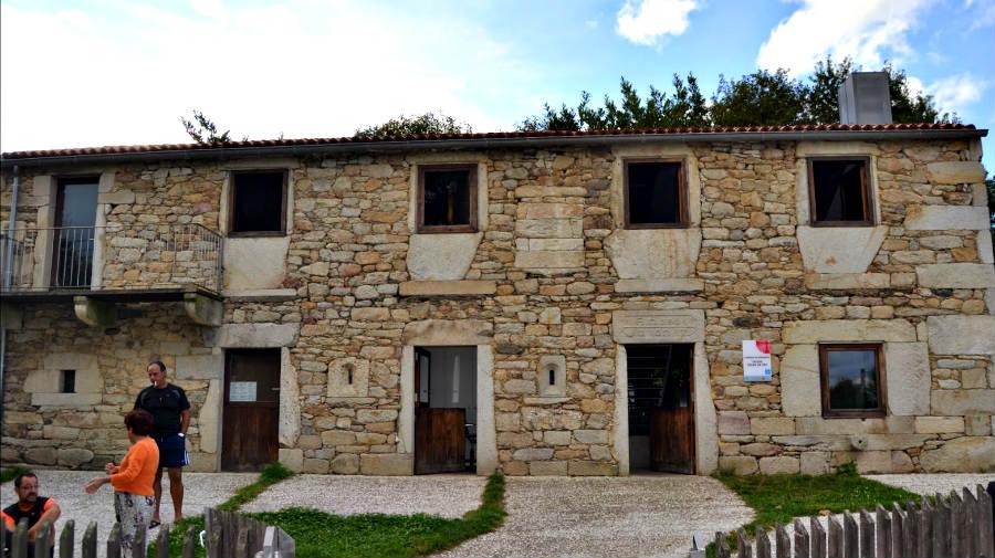 Albergue de peregrinos de As Seixas, As Seixas-Merlán, Lugo - Camino Primitivo :: Albergues del Camino de Santiago