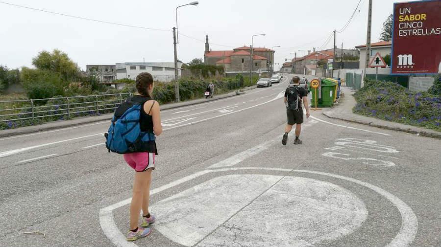 Peregrinos por el Caminio Portugués por la Costa :: Albergues del Camino de Santiago