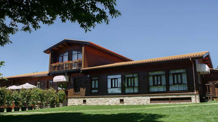 Complejo La Cabaña, Palas de Rei, Lugo - Camino Francés :: Alojoamientos del Camino de Santiago