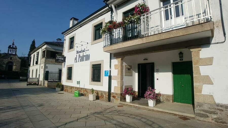 Hostal El Padrino, Portomarín, Lugo - Camino Francés :: Alojamietnos del Camino de Santiago