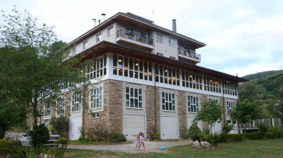 Hotel A Veiga, Samos, Lugo - Camino Francés :: Alojamientos del Camino de Santiago