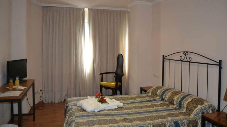 Hotel Duerming Villa de Sarria, Sarria - Camino Francés :: Alojamientos del Camino de Santiago