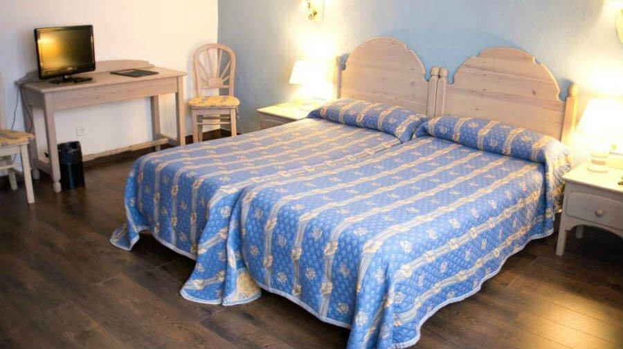 Hotel Loizu, Burguete, Navarra - Camino Francés :: Alojamientos del Camino de Santiago
