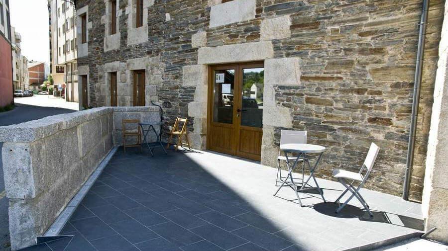 Pensión Serrano, Sarria - Camino Francés :: alojamientos del Camino de Santiago