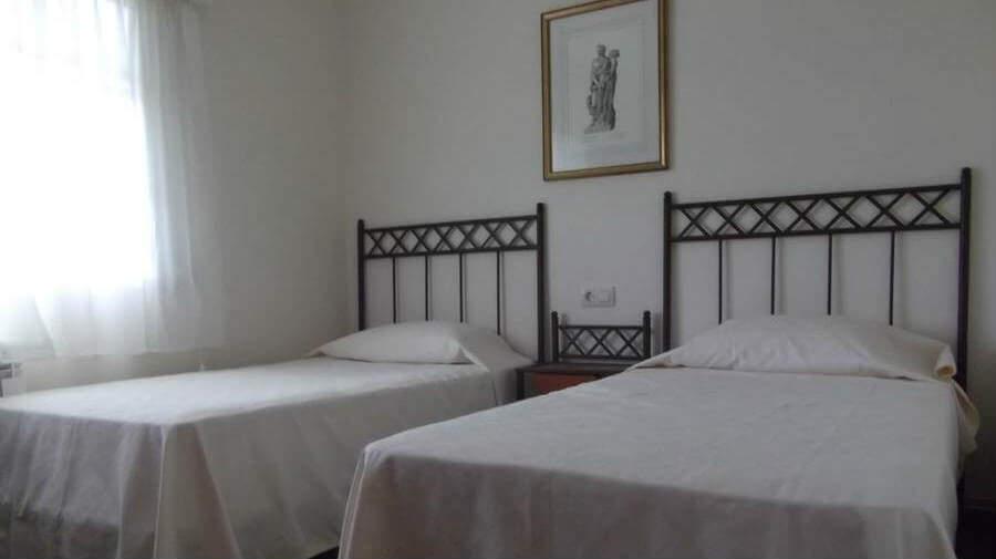 Pension The Way, A Brea, La Coruña - Camino Francés :: Alojamientos del Camino de Santiago