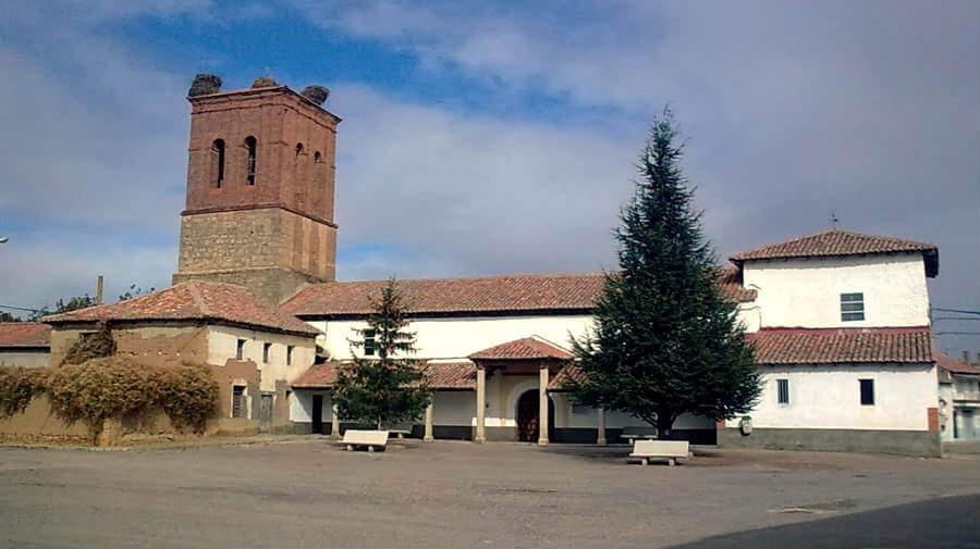 Iglesia de San Juan Degollado de Villanueva de las Manzanas, León - Camino Francés :: Guía del Camino de Santiago