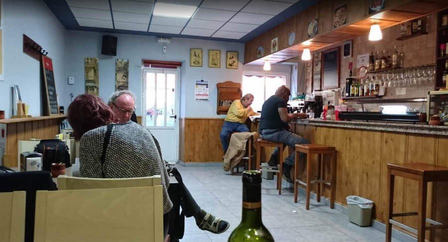 Albergue Gil, Reliegos, León - Camino Francés :: Albergues del Camino de Santiago