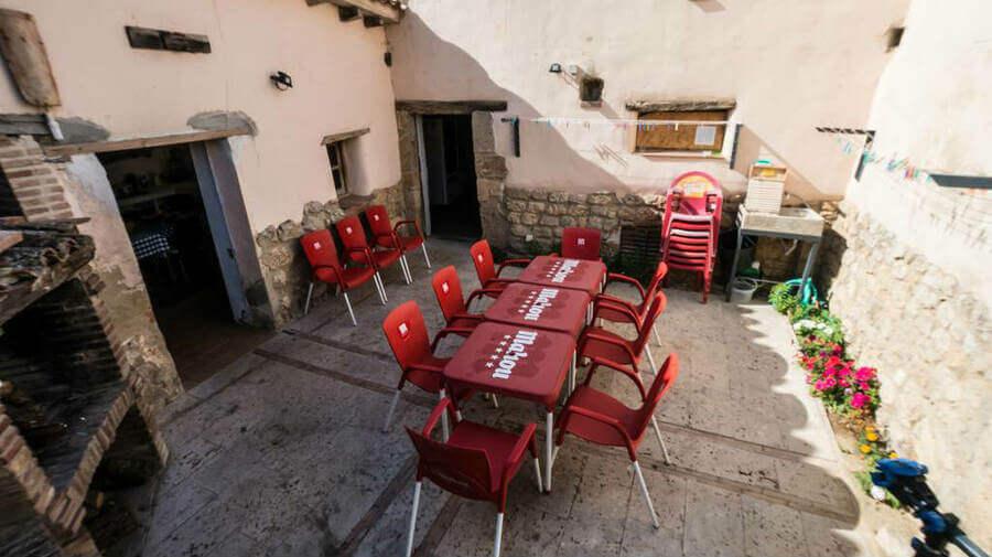 Albergue Rosalía, Castrojeriz, Burgos - Camino Francés :: Albergues del Camino de Santiago