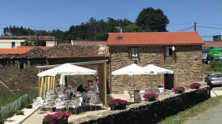 Pensión Bar Kilómetro 15, Amenal, La Coruña - Camino Francés :: Alojamientos del Camino de Santiago