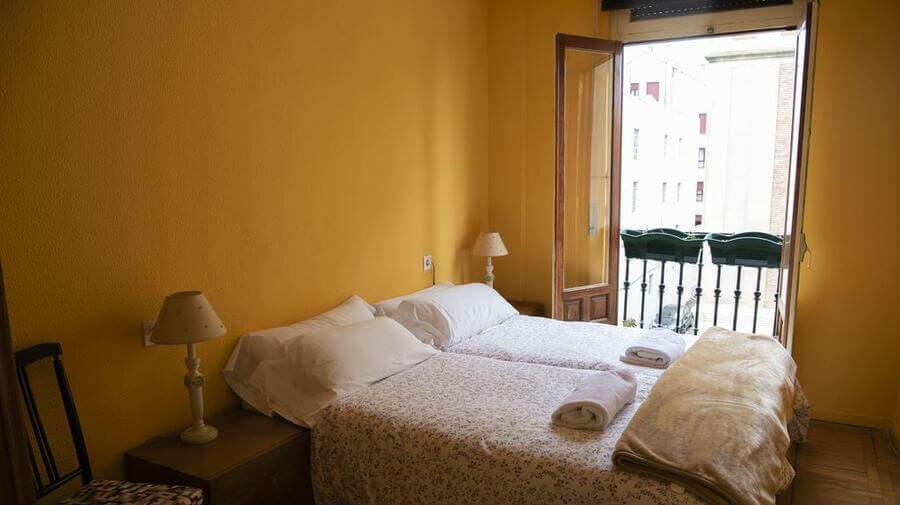 Albergue Hostel Rúa 35, León, Camino Francés :: Albergues del Camino de Santiago