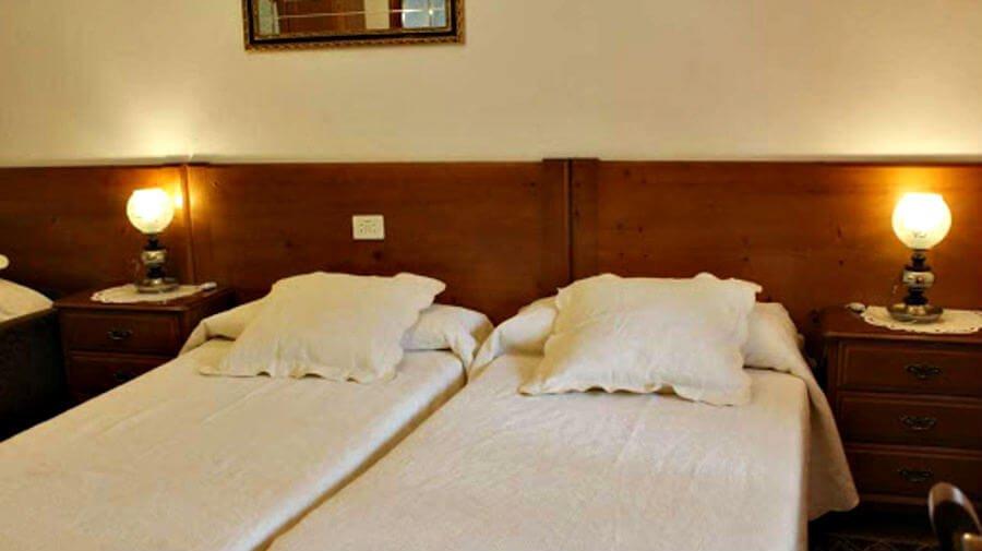 Hostal Casa David, Triacastela, Lugo - Camino Francés :: Alojamientos del Camino de Santiago