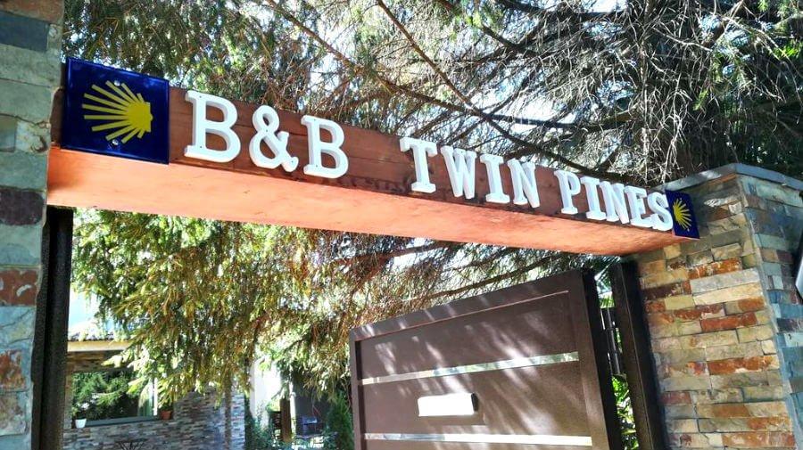 Albergue B&B Twin Pines Pilgrims Rooms, Goimil, La Coruña - Camino del Norte :: Albergues del Camino de Santiago