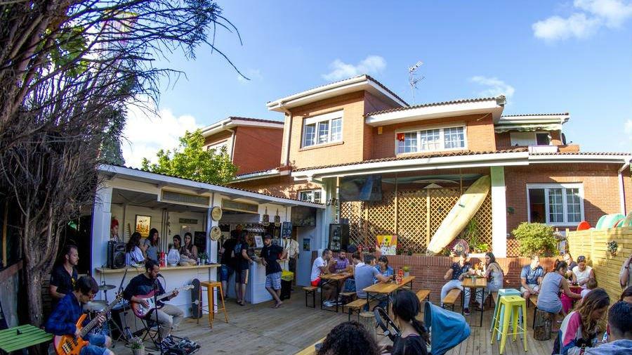 Albergue Las Dunas Hostel, Salinas, Asturias - Camino del Norte :: Albergues del Camino de Santiago
