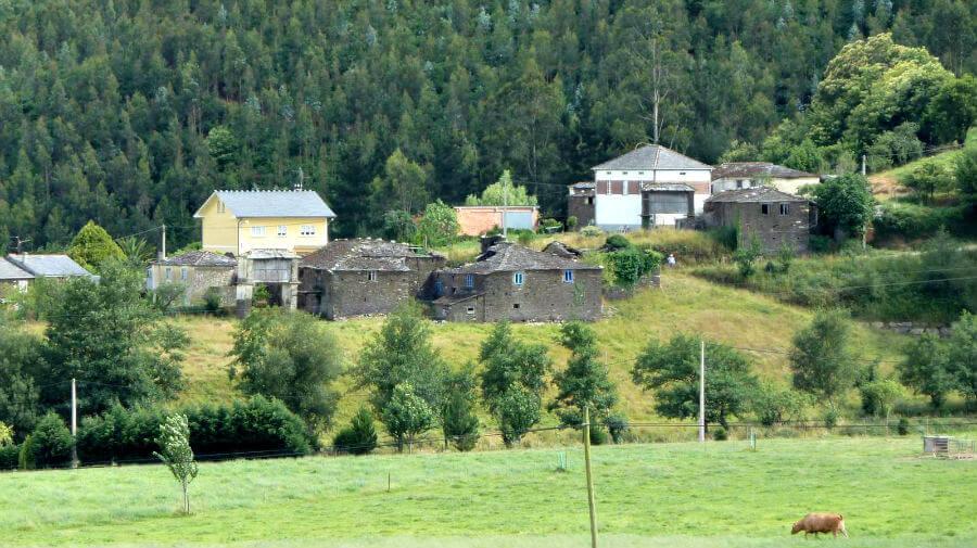 Trabada, Lugo - Camino del Norte (Variante Histórica) :: Albergues del Camino de Santiago