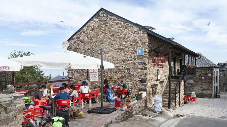 B&B La Rosa del Agua, El Acebo de San Miguel, León - Camino Francés :: Alojamientos del Camino de Santiago