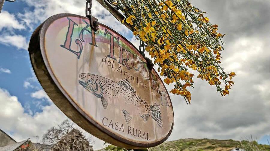 B&B La Trucha del Arco Iris, El Acebo de San Miguel, León - Camino Francés :: Alojamientos del Camino de Santiago