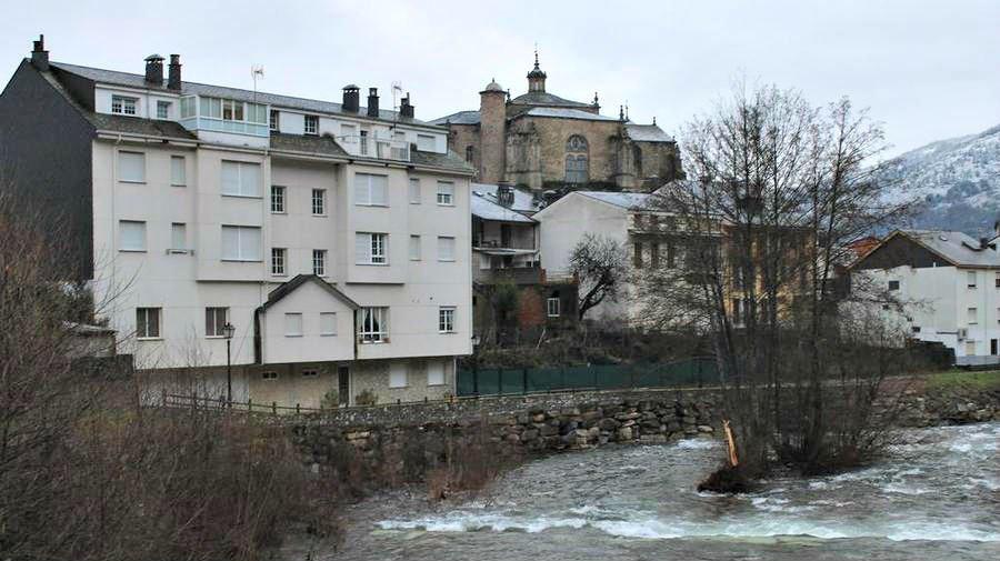 Hostal Burbia, Villafranca del Bierzo, León - Camino Francés :: Alojamientos del Camino de Santiago