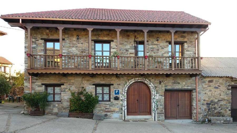 Hostal El Descanso de Gaia, Rabanal del Camino, León - Camino Francés :: Alojamientos del Camino de Santiago