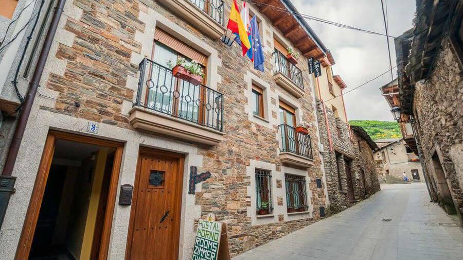 Hostal El Horno, Molinaseca, León - Camino Francés :: Alojamientos del Camino de Santiago