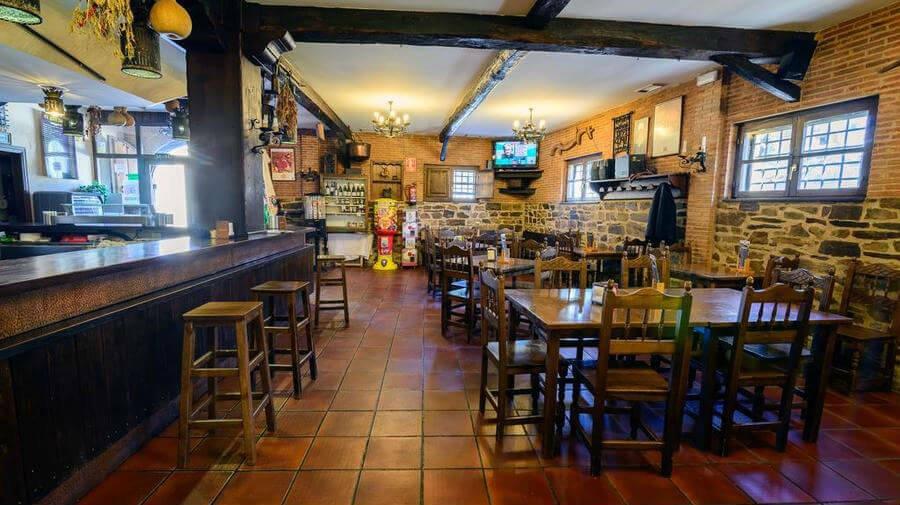 Hostal El Palacio, Molinaseca, León - Camino Francés :: Alojamientos del Camino de Santiago