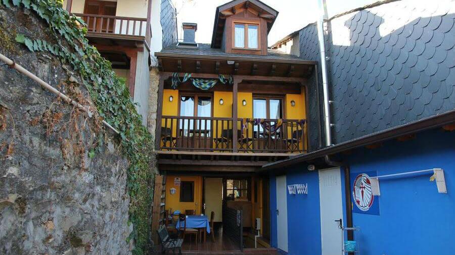 MicroHostal La Puerta del Perdón, Villafranca del Bierzo, León - Camino Francés :: Alojamientos del Camino de Santiago