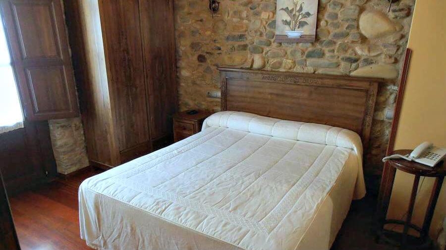 Hostal Virgen de la Encina, Ponferrada, León - Camino Francés :: Alojamientos del Camino de Santiago