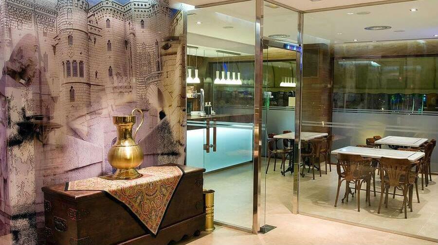 Hotel La Peseta, Astorga, León - Camino Francés :: Alojamientos del Camino de Santiago