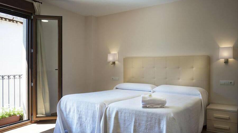 Hotel Molina Real, Molinaseca, León - Camino Francés :: Alojamientos en el Camino de Santiago