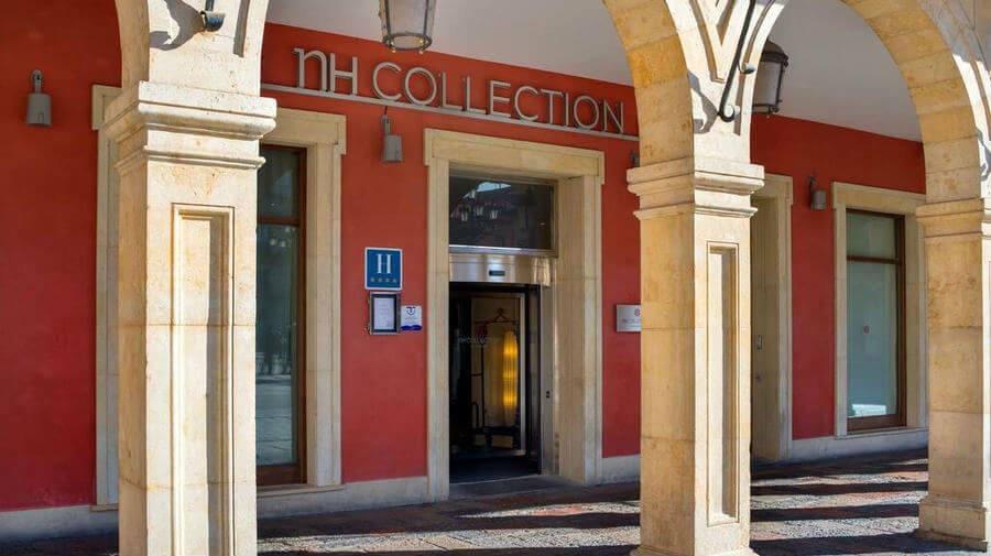 Hotel NH Collection León Plaza Mayor, León - Camino Francés :: Alojamientos del Camino de Santiago
