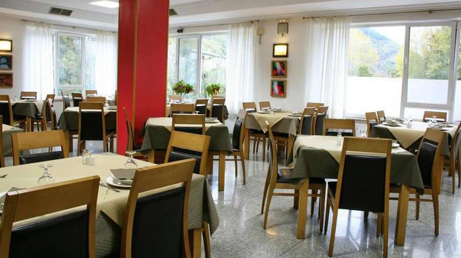 Hotel Valcarce Camino de Santiago, La Portela de Valcarce, León - Camino Francés :: Alojamientos del Camino de Santiago