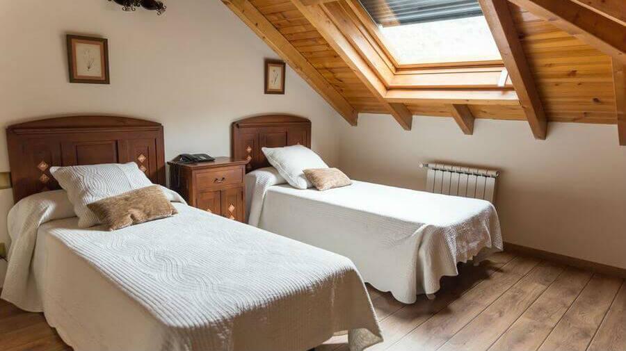 Hotel rural Ambasmestas, Ambasmestas, León - Camino Francés :: Alojamientos del Camino de Santiago