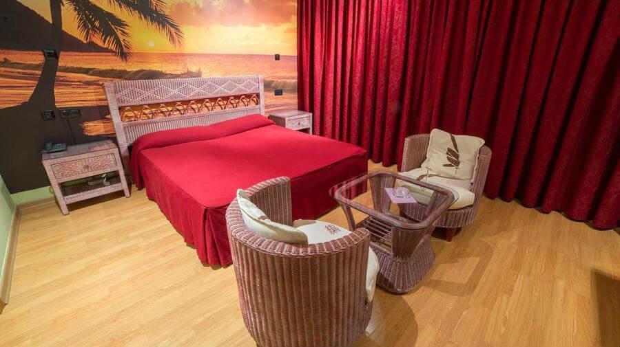 Motel Acrópolis, Camponaraya, León - Camino Francés :: Alojamientos del Camino de Santiago