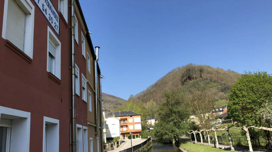 Pensión Fernández, Vega de Valcarce, León - Camino Francés :: Alojamientos del Camino de Santiago