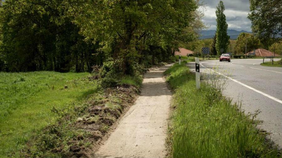 Un tramo de la Vía de la Plata por la provincia de Orense :: Albergues del Camino de Santiago